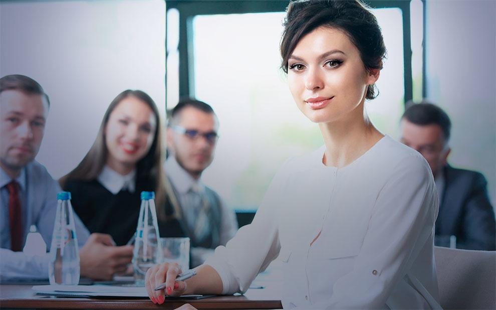 Estudo vê relação positiva na participação de mulheres no Conselho de Administração em empresas da América Latina