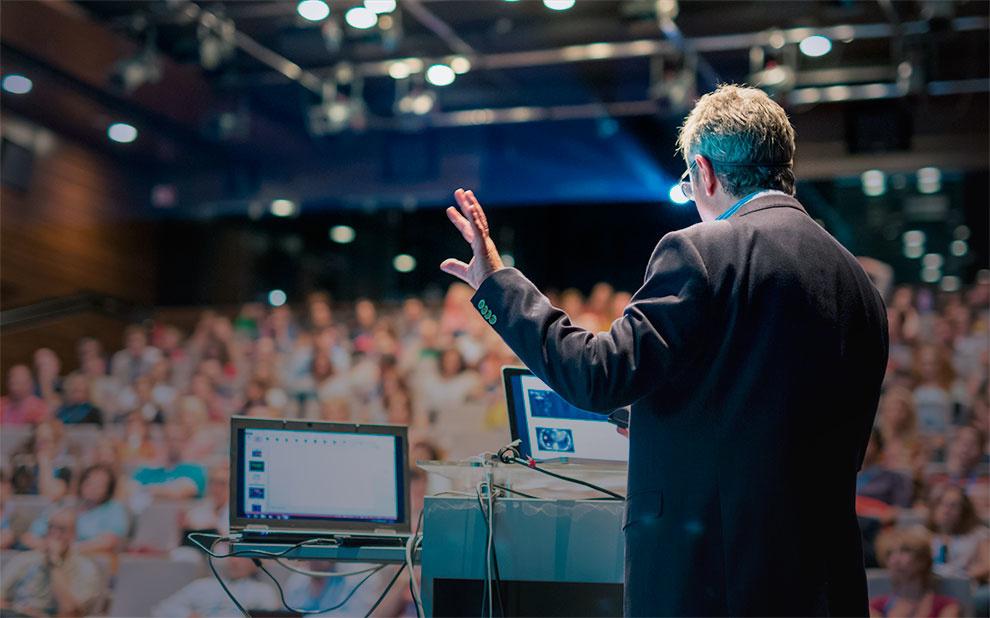 Evento reúne vencedores do Prêmio Nobel e jovens economistas na Alemanha